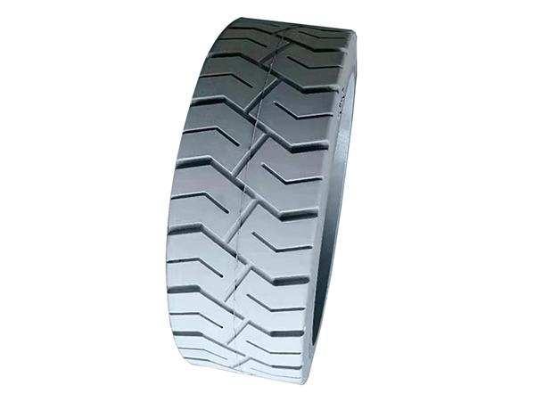 实心轮胎拆装过程