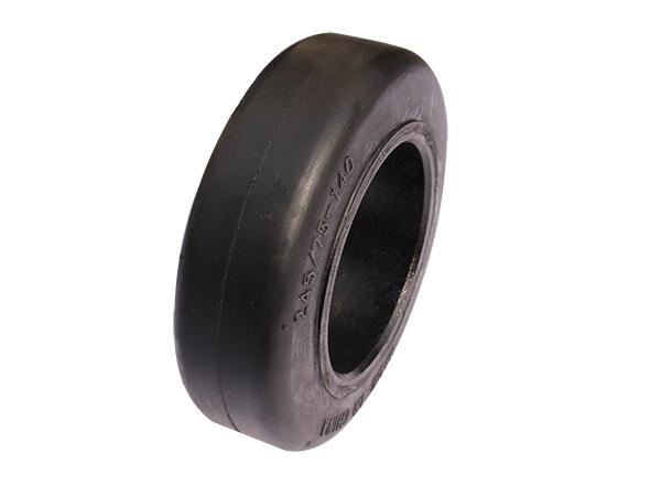 SM花纹压配式轮胎